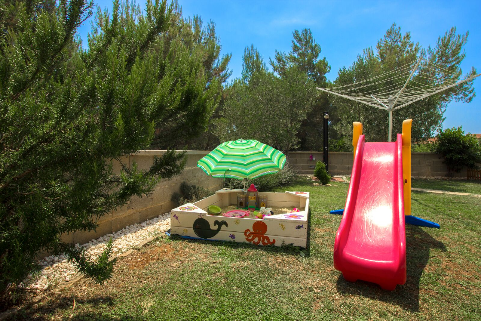 Family friendly apartment Vodice